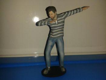 statuette-3d-personalizzate-Torino ragazzo in posizione dab