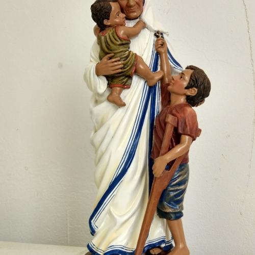 statuine personalizzate sacre di Madre Teresa di Calcutta per produzione in serie