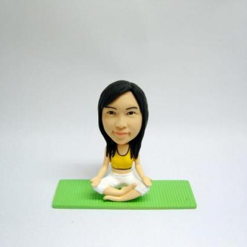 statuine personalizzate da foto ragazza che fa yoga