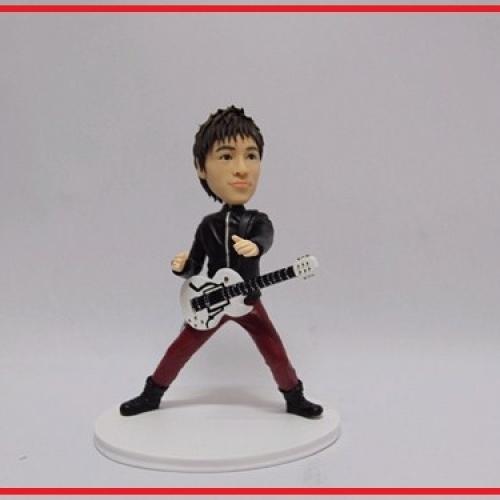 statuine personalizzate da foto chitarrista rock-style