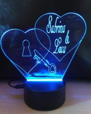 lampada plexi cuori
