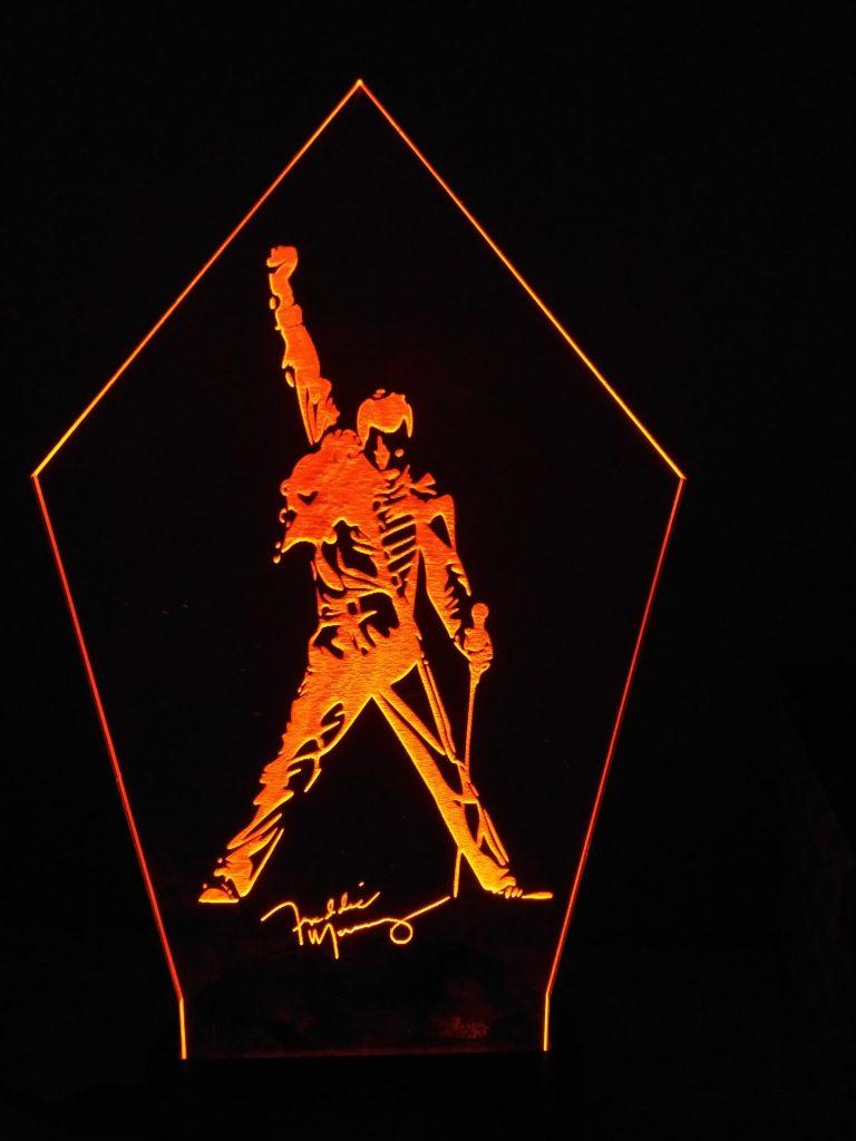 lampade a led Freddie Mercury rosso