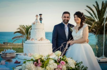 foto torta matrimonio con statuine personalizzate