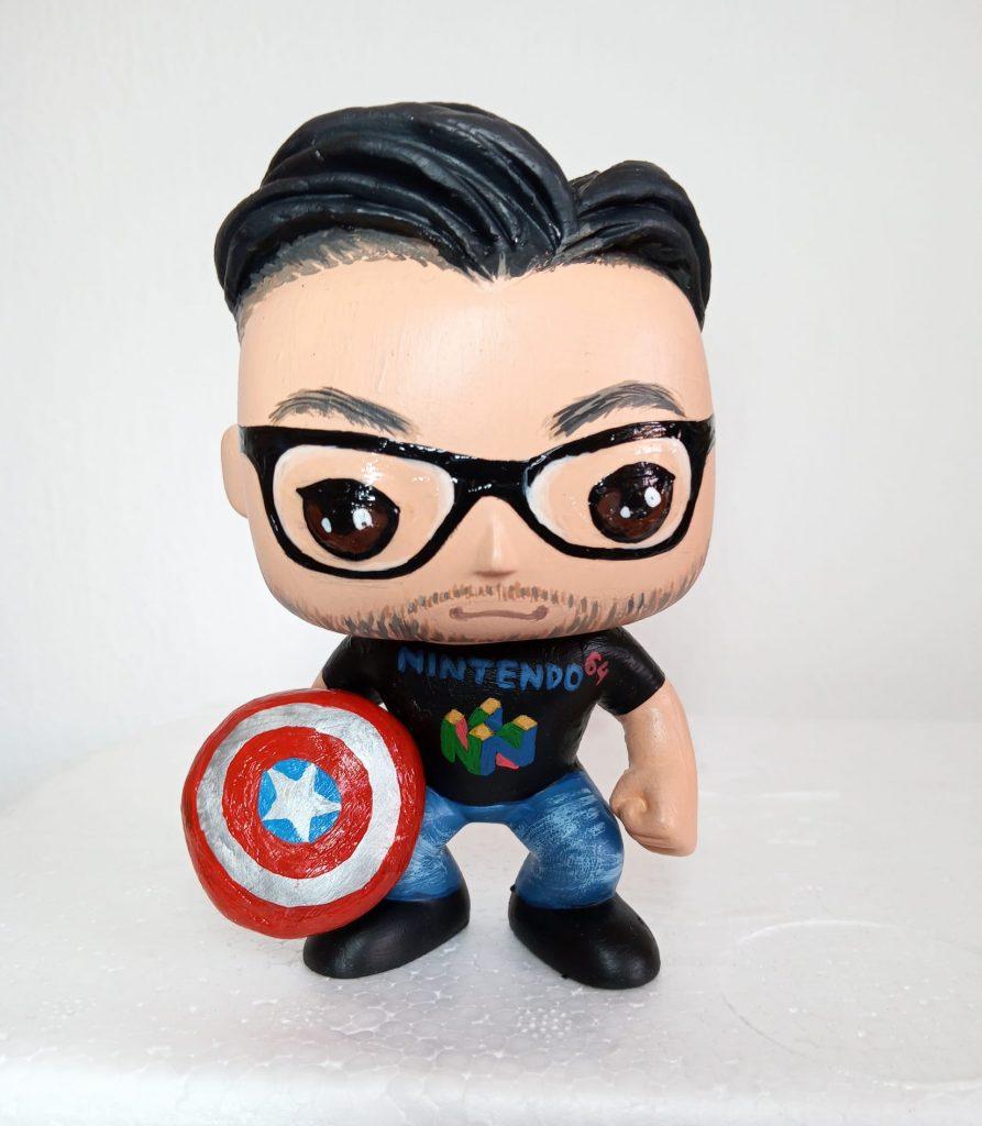 funko personalizzati con scudo Captain America
